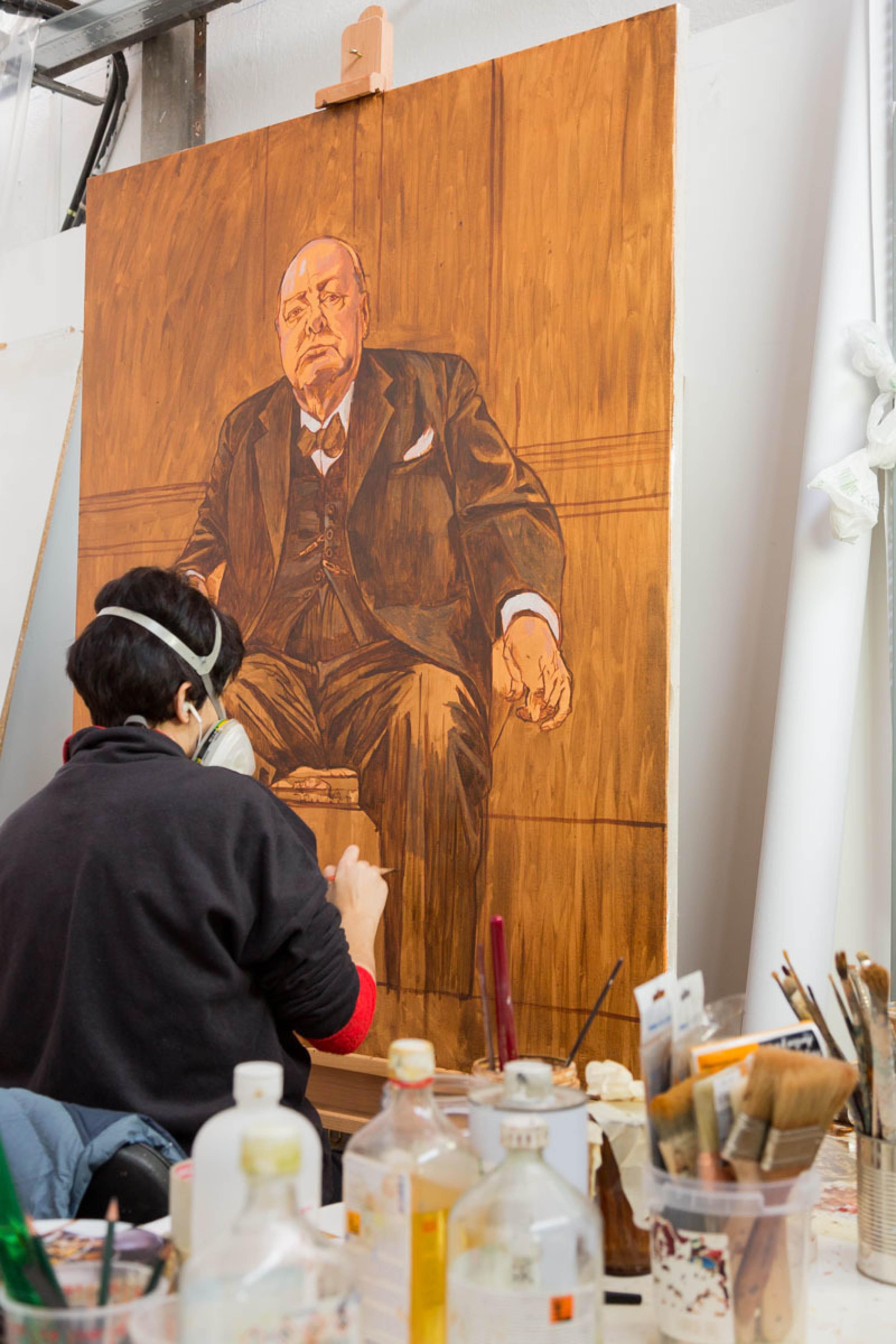 Trabajando en una de las versiones para el retrato de Winston Churchill